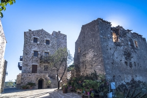 Our Tower, Petropoulaki Tower: Gytheio hotels Mani rooms guesthouses accommodation Peloponnese